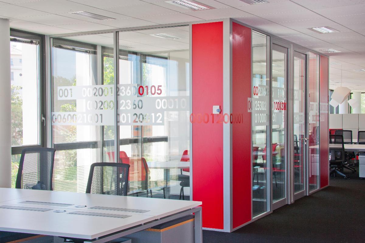 Cloisons amovibles | AGEBAT - Cloisons amovibles, faux-plafonds et aménagement de bureaux professionnels